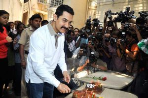 News Bollywood Aamir celebrates his 46th birthday.